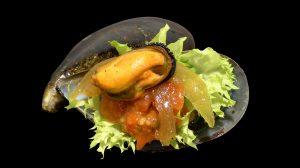 Ensalada de Mejillón con Cebolla Pochada